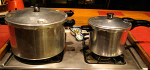 big-and-little-pressure-cooker