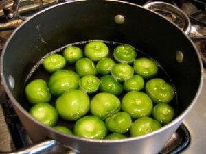 cooking-tomatillos